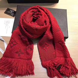 bufanda de rayas azul blanco Rebajas Lujo bufanda de invierno mantón para las mujeres de la marca de lana bufanda para hombre moda mujer carta diseñador cálido invierno bufandas de flores 180X32 CM negro