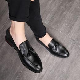 Chaussures hommes 48 en Ligne-2019 Homme Classique Tassel Mocassins De Luxe Mâle Formelle Chaussures Respirant Chaussures Plates Hommes Business Night Club Grande Taille 37-48