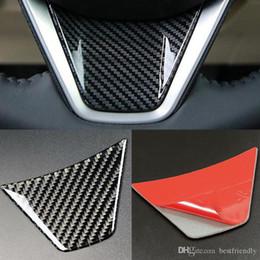 adesivo da roda toyota Desconto Design de moda Premium Volante Do Carro Preto Adesivo De Fibra De Carbono Para Toyota Camry 2018 100 * 65mm Acessórios Interiores
