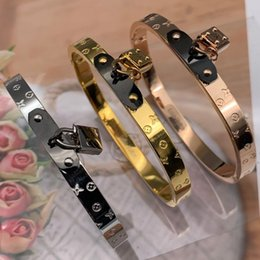 diamond gold bangles for wedding Coupons - wholesale high quality brand 316 Titanium Steel 18K rose gold silver love lock key wedding bangle bracelet for men women USA big size