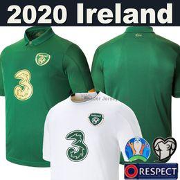 2019 schröpfende sätze 19 20 Irland Fußball Trikot Ireland Europameisterschaft 2019 2020 Irland Nationalmannschaft Heim Auswärts Fußball Trikots Kit Thai Qualität Männer Kinder Set Uniformen rabatt schröpfende sätze