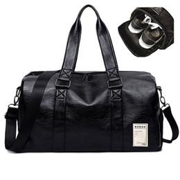 Cuir PU noir sacs de sport sacs de sport de grande capacité unisexe de sports de plein air avec stockage indépendant de chaussures ? partir de fabricateur