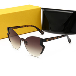 Carátulas de lentes online-FENDI 0312 Gafas de sol Moda Mujeres Deisnger Popular Full Frame UV400 Lens Summer Style Big Square negro Color Big Face Come With Case
