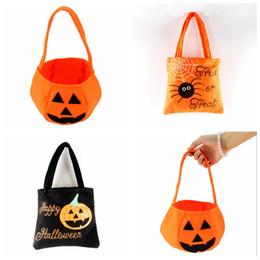 cestini decorativi Sconti Halloween Pumpkin Candy Bag trucco viso Espressione carrello del regalo dei bambini di presa Pouch Borsa non tessuto Pail Props Decoration Toy RRA2084