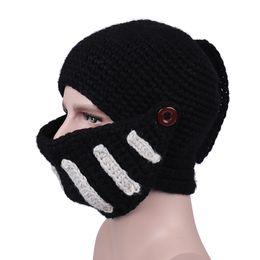 Alta qualità Inverno cavaliere romano cappello maglia collo collo vento  cappello di cotone fatto a mano maschere gladiatore berretto cappelli per  il tempo ... c24afe09d6ba