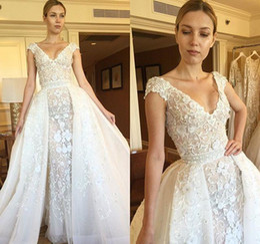 67761313df 2019 Zuhair Murad Wedding Dresses 3D-Floral Appliques Detachable Train  Beads Mermaid Bridal Gowns Bride Maxi Dress Long Beach Party Dress