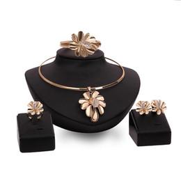 2020 regalos de boda dubai Conjuntos de flores HC Dubai joyería de sistemas de la joyería nupcial del color oro de las mujeres para las mujeres del banquete de boda elegante regalo de la manera del traje F rebajas regalos de boda dubai