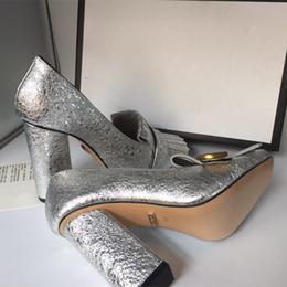 2019 bomba de duas cores 2018 marca de moda de luxo designer de sapatos femininos de salto alto da marca de moda de luxo designer de calçados femininos Superstar Chunky Heels mulheres vestido sapatos