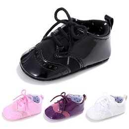 4 Couleur Bébé Filles Chaussures Mode Nouveau-Né Infant Bébé Filles Solide Chaussures À Lacets Semelle Souple Anti-slip Baskets Premier Walker M8Y04 ? partir de fabricateur