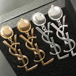 Hohe art und weiseschmucksacheartohrringe online-Hohe Qualität Berühmte Marke Design Schmuck Mode 316L Edelstahl Stil Luxus Vergoldet Ohrringe Für Mädchen Frauen
