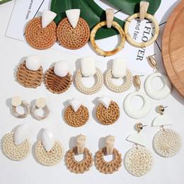 2019 pendenti africani fatti a mano SOLO FEEL Corea orecchini a goccia ciondolo tondo grande fatto a mano a forma di ciondolo per le donne 2019 in legno orecchini etnici africani dichiarazione gioielli pendenti africani fatti a mano economici