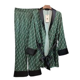 Осенью новый шелковый атлас печатных большой верхней одежды пункт сорочка г-жа длинными рукавами из двух частей костюм пижамы Robe Домашняя одежда B4 от
