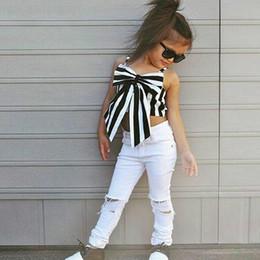 t-shirts blancs pour enfants Promotion Fashion Girls Suit T-shirts à rayures + pantalons 2 pièces Le Ensemble sans bretelles Enfants Bowknot Trou Blanc Pantalon Vêtements Pour Enfants