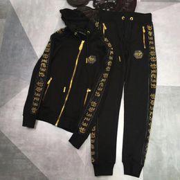 Velour sportkleidung online-Europäische Designer Herrenmode Reißverschluss Sportanzug Männer Casual Print Hemd Anzug und Hosen Medusa Kapuzen Sportswear