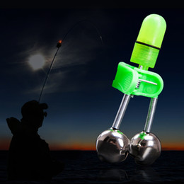 LED Olta Bite Alarm Bell Aydınlık Gece Balıkçılık Deniz Çubuk Aksesuarları LED Işık İkiz Bells Halka Balık Alarmll # 0823 cheap sea bell nereden deniz çanı tedarikçiler