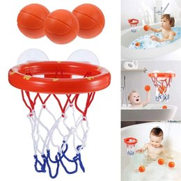 Colpo di tazza set online-Baby Bath Basket Shooting Game Suction Cup Bambini Vasca da bagno Giocattoli Basketball Hoop Ball Toys Blister Gift Package