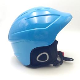capacetes de snowboard Desconto Luz Neve Capacete De Esqui Snowboard Capacete Para Venda Dos Homens Das Mulheres Um Tamanho Azul Rosa Branco Esqui barato snowboard capacetes