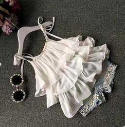 Chiffon menina s terno on-line-Flower Girl Outfits Crianças Chiffon Tops Beads shorts jeans 2pcs Sets Ruffled Meninas Suspender Ternos Boutique crianças roupas Set YW3834