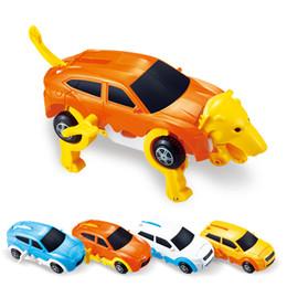enrolle carros de brinquedo Desconto o cão Transform filhote de cachorro Morphing Toy Cars automática Wind Up Toy Robot Dog criativa do presente para meninos das meninas