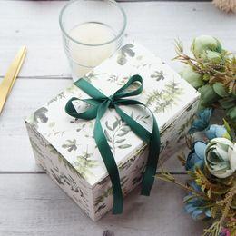 2019 bougies pot de noël Feuilles vertes design 10pcs 15 * 10 * 9 cm Boîte De Papier Bonbons Biscuit Bougie Bougie De Noël Fête De Mariage De Noël Cadeau DIY DIY Emballage bougies pot de noël pas cher