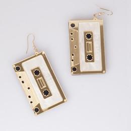 2019 стереоскопические серьги designer jewelry charm earrings tape stereoscopic earrings for women graceful classic hot fashion free of shipping дешево стереоскопические серьги
