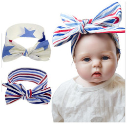 2019 fascia di giorno dell'indipendenza 2019 New Baby Girls Coniglio Bunny Ears Fasce Stati Uniti Independence Day Star Striped Headband 4th of July Headwear sconti fascia di giorno dell'indipendenza