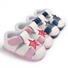 2019 chaussures pointues pour garçons Garçons et filles bébé étoile à cinq branches printemps et en automne en caoutchouc anti-dérapant PU bébé chaussures pour tout-petits chaussures pointues pour garçons pas cher
