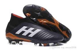 Tacos de fútbol messi negro online-Blanco Negro Messi Calzas de fútbol Predator 18 FG Zapatillas de fútbol para niños Botas de fútbol para mujeres Slip-up 100% Botas de fútbol originales para niños