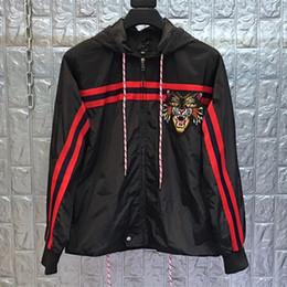 Hood homens s roupa on-line-2019 primavera designer tigre bordado jaqueta com capuz para homens manga longa outwear roupas plus size animal dos desenhos animados