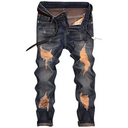 Männer zerkratzte jeans online-Herren Jeans Classic Direct Ripped Design Dunkelblau Lässige Business Jeans Slim Scratched Lange Hose Cowboys Gentle