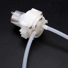 Погружные мини-насосы онлайн-Двигатель мини насоса DC 3.7V-6V 5V Micro Самовсасывающий погружной водяной насос Низкий уровень шума Масляный насос + 1м Мягкий шланг