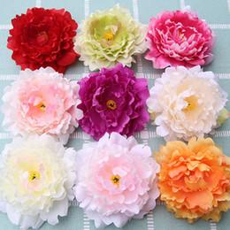 Fiori di seta rossi grandi online-50pcs / lot testa di fiore di peonia seta artificiale con stame per la decorazione di cerimonia nuziale diy grande fiore rosso peonia flori alta qualità