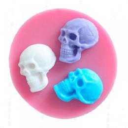 Torta del cranio online-Halloween Natale Skull della torta del fondente di cioccolato Stampi Sapone stampo da plum cake strumento Decorazione cioccolato confetteria strumenti di cottura