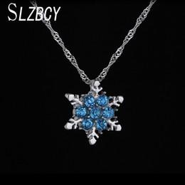 Nefis Mavi Kristal Kar Tanesi Kolye Kolye Kadın Gümüş Renk Kızlar için Metal Zincir Kolye Chokers Takılar Takı Hediye cheap metal snowflakes nereden metal kar taneleri tedarikçiler