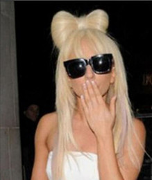 Bowknot perücke online-Perücke Neue Perücke Cosplay Lady Gaga Blonde Gerade Perücke + ein Bowknot Clip 5.24