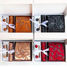 2019 grossistes cravates pour hommes bowties Cravate à la mode pour les hommes d'affaires cravate étroite loisirs universels cravate en forme de flèche accessoires de fête de mariage WWA228