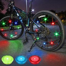 2019 iluminação multi cores Weimostar Multi-Color Da Bicicleta Da Bicicleta Ciclismo Pneu Da Roda de Pneu LED Flash Da Bicicleta Da Bicicleta Falou Luz de Aviso de Segurança Acessórios desconto iluminação multi cores