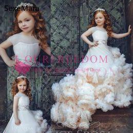 2019 ziemlich weiße knielänge kleider Wolke New Kids Pageant Abendkleider 2020 wulstige Ballkleid-Blumen-Mädchen-Kleider für Hochzeiten ersten Geburtstags-Kleider Benutzerdefinierte Größe