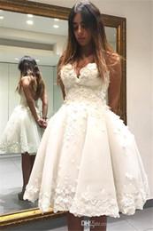 2020 diseño hermoso vestido de las mujeres Vestidos de novia cortos para las mujeres de novia Neckling 3D Flores Dercation una línea de moda Bastante diseño del cliente vestidos bonitos rebajas diseño hermoso vestido de las mujeres