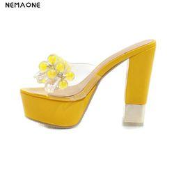 fashion sandales pu Promotion NEMAONE Chaussures Femme plate-forme Sandals Slipper Cristal Transparent Talons Couleur Fluorescente Défilés De Mode Sexy Big Yards 34-43