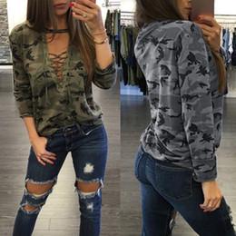 T-shirts à col en v en Ligne-T-shirt camouflage femme printemps 2019 col V profonds bretelles décolletées à manches longues femme
