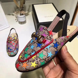 Designer Scarpe da bambino Sandali da bambino per la cerimonia nuziale Vestire i sandali di design per bambini in vera pelle per ragazze boutique di scarpe da donna cheap girls dressing up shoes da ragazze che vestono scarpe fornitori
