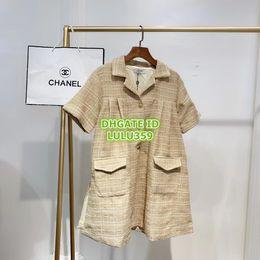 gilet manchon Promotion femmes vintage Plaid filles mini robes en tweed avec chemise de poche boutonnée robe t-shirt mini haut de gamme été femme décontractée piste tee robe sml
