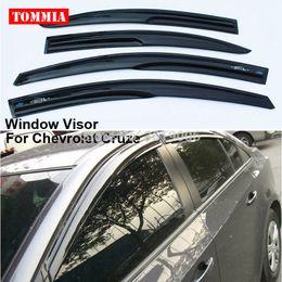 2019 fenêtre d'aération tommia 4pcs fenêtre visière ombre vent vent pluie déflecteur gardes couverture Fit pour Chevrolet Cruze promotion fenêtre d'aération