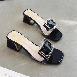 4387dfa2ca Diseñador de las mujeres Sandalias de tacón alto Partido Moda Chicas Sexy  zapatos puntiagudos Danza Zapatos de boda Zapatillas En stock medias niñas  sexy ...