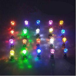LED Küpe Moda Işık Yukarı Parlayan Kristal Paslanmaz Kulak Bırak Charm Kadın Kulak Stud Takı lafı Yeni Noel Doğum Günü Partisi Hediyeleri TL919 nereden