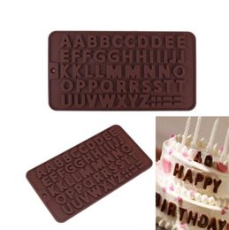 2019 stampo di pupazzo di silicone 26 Lettere di alfabeto di silicone Stampi in silicone 3D per fondente cioccolato Candy Cookie Cake Decorating Tools Bakeware Cookie Candy Ice Cube