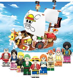 2019 ein stück spielzeug nami One Piece Sea Rover Pivate Schiff Thousand Sunny SEEwilderer Robber Luffy Nami Chopper Franky Robin Brook Building Blocks Spielzeug Actiion Abbildung günstig ein stück spielzeug nami