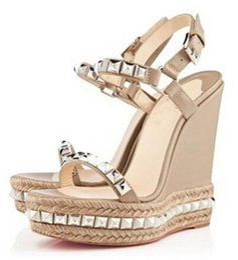 Senhoras famosas inferior Red Wedge Cataclou Sandals ouro Patente couro enchidas Mulheres pulseira de tornozelo das senhoras das bombas Party Dress EU35-42 de