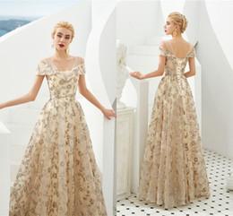 2020 Şampanya Kristal Boncuklu A-line Gelinlik Modelleri Lüks Kapalı Omuz Akşam elbise 100% Gerçek Resimler Örgün Parti Kıyafeti CPS1297 supplier champagne dress crystal beaded formal nereden şampanya elbisesi kristal boncuk resmi tedarikçiler